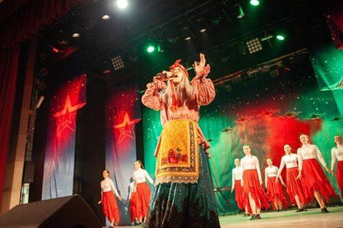 BABA YAGA России и спела, и в жюри побывала на конкурсе Воздушно-космических сил