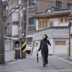 женщина которая убежала-кадры