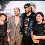 Алексей Стрельцов с семьей и Филиппом Киркоровым