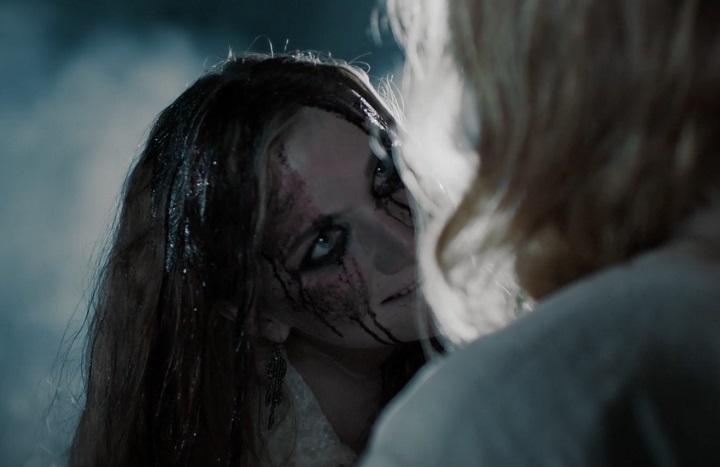 кадр из фильма Дочь тьмы